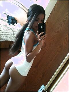 Девушки фотографируют себя в ванной и спальне - секс порно фото