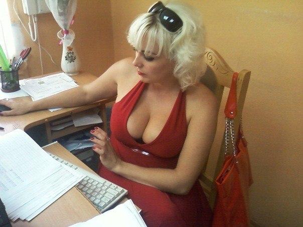 Мамочки обнажили свои большие сиськи - секс порно фото