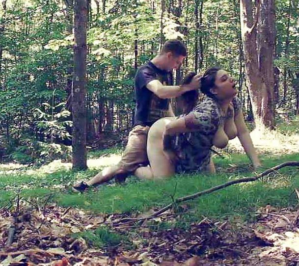 Влюблённые парочки трахаются на природе - секс порно фото