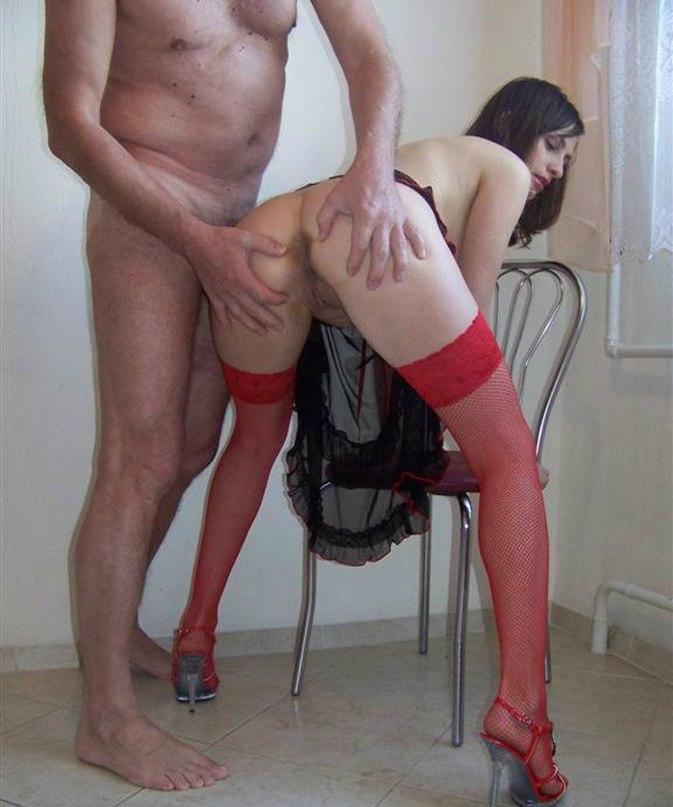 Девушки смачно отсасывают перед камерой - секс порно фото