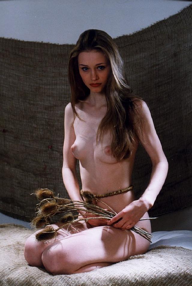 Замужние женщины голышом в домашней обстановке - секс порно фото